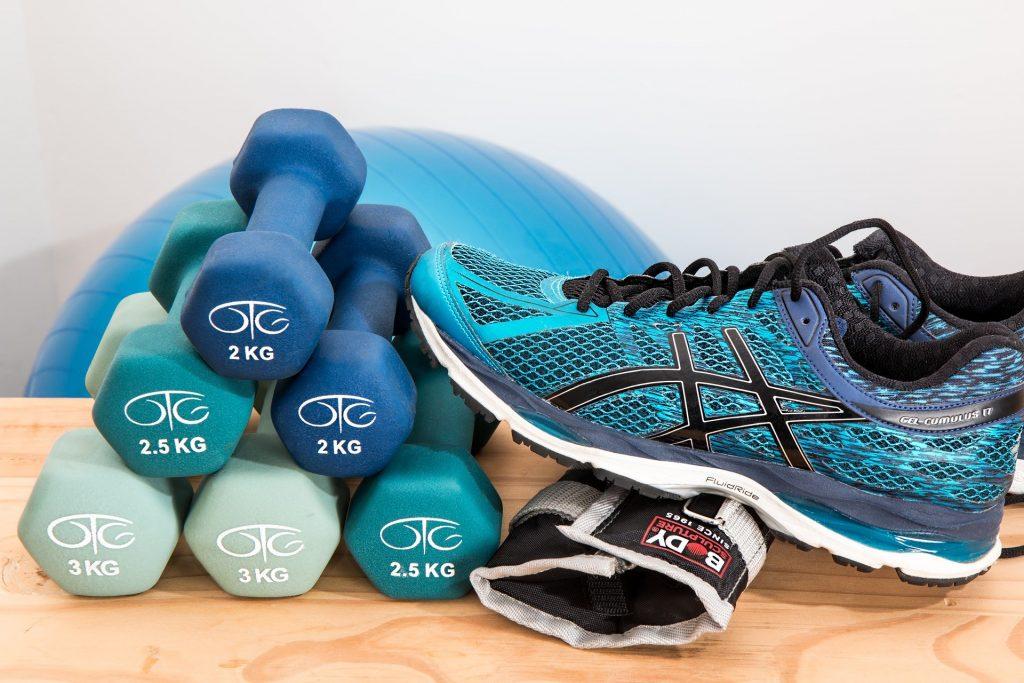 Maak van sporten een gewoonte. Gemakkelijke sporten die je vanuit huis kan doen.